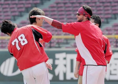 http://www.daily.co.jp/baseball/carp/2016/05/02/0009045724.shtml?ph=1
